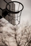 Alte Basketballkante Stockfotografie