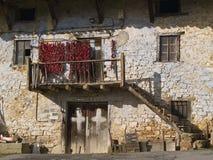 Alte baskische Bauernhofhausfassade Lizenzfreie Stockbilder