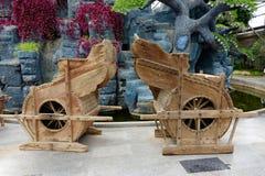Alte Bauernhofwerkzeuge Stockbild