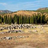 alte Bauspalte und römische die Tempelgeschichte pamukkal Stockfoto