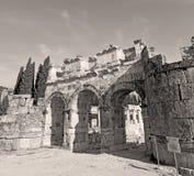 alte Bauspalte und römische die Tempelgeschichte pamukkal Stockbilder