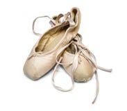Alte benutzte Ballettschuhe Stockfotos