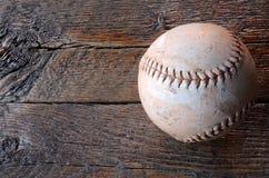 Alte benutzte Baseball-Ausrüstung Stockfotos