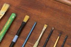 Alte benutzte Lackpinsel Lizenzfreie Stockbilder