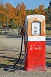 Alte Benzin-Pumpe Lizenzfreies Stockfoto