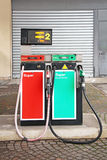 Alte Benzinpumpe Stockfotos