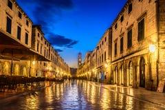 Alte berühmte Straße Stradun in Kroatien, Dubrovniik Lizenzfreie Stockfotografie