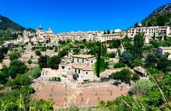 Alte Bergstadt Valldemossa in Majorca-Insel, Spanien Stockfotografie