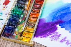 Alte Berufsaquarellfarben Stockfotos