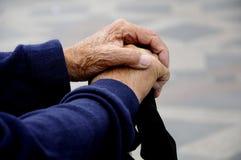 Alte betende Hände Lizenzfreie Stockfotografie