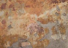 Alte Betonmauer mit Sprüngen Stockbilder