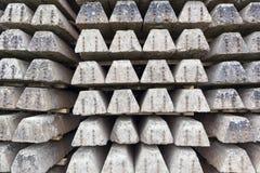 Alte Betonschwellen Stockbilder