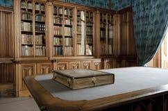 Alte Bibliothek Lizenzfreie Stockbilder