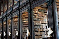 Alte Bibliothek, Dreiheits-College, Dublin, Irland Lizenzfreie Stockfotos
