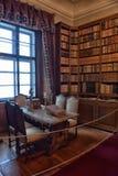Alte Bibliothek im Schloss Lizenzfreies Stockfoto