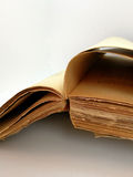 Alte Blätter des antiken Buches Stockfotografie