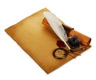 Alte Blattnahaufnahme des braunen Papiers lokalisiert Lizenzfreie Stockbilder