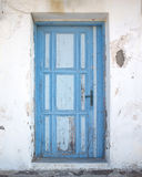 Alte blaue grunge Tür Lizenzfreie Stockfotos