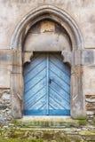 Alte blaue hölzerne Tür Stockfotos