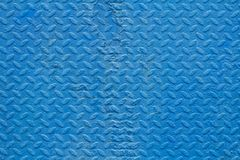 Alte blaue Metallwand mit Muster Stockfotos