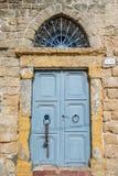 Alte blaue Tür Lizenzfreies Stockfoto