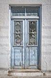 Alte blaue Tür auf Kreta Lizenzfreie Stockfotos