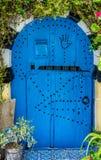 Alte blaue Tür mit Bogen von Sidi Bou Said Stockfotos