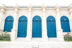 Alte blaue Türen Stockfoto