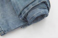 Alte Blue Jeans-Beschaffenheit der Nahaufnahme für Hintergrund Lizenzfreie Stockfotos
