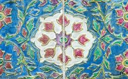 Alte Blumenfliese Lizenzfreie Stockfotografie