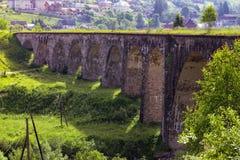 Alte Bogenbrücke Stockfotografie