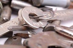 Alte Bolzen, Schrauben und Metalldetails, Abschluss oben Lizenzfreie Stockfotografie