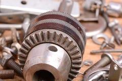 Alte Bolzen, Schrauben und Metalldetails, Abschluss oben Lizenzfreies Stockfoto