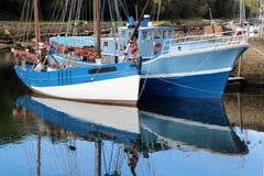 Alte Boote in Douarnenez Lizenzfreies Stockfoto