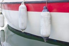 Alte Bootsfender Stockbild