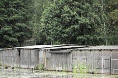 Alte Bootshallen im Uckermark Stockbild