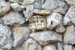 Alte Boulder-Wand Stockfotografie