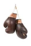 Alte Boxhandschuhe der Weinlese Stockbilder