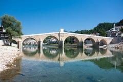 Alte Brücke in Bosnien-Herzegowina Stockfotos