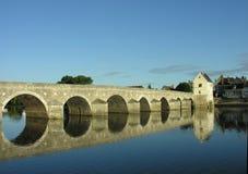 Alte Brücke in Frankreich Stockbild