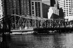 Alte Brücke in im Stadtzentrum gelegenem Boston Lizenzfreie Stockbilder