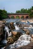 Alte Brückenbrücken Huaying-Flusses ---- Stern (Grenzbrücke) Lizenzfreie Stockfotos