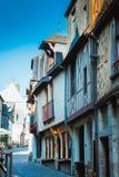 Alte bretonische Stadt Vitre, Frankreich der Straße Lizenzfreie Stockbilder