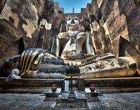 Alte Buddha-Statue bei Wat Si Chum, historischer Park Sukhothai, Thailand Stockfoto