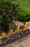 Alte Buddha-Statue bei Wat Yai Chaimongkol, Ayutthaya Stockfotografie