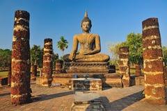 Alte Buddha-Statue. Historischer Park Sukhothai stockfoto