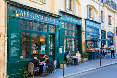 Alte Cafés im Quartier-Latein, Paris, Frankreich Lizenzfreies Stockfoto