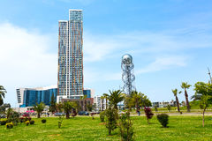 Alte case moderne piacevoli, vista della via a Batumi, città di Georgia Immagini Stock Libere da Diritti