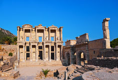 Alte Celsiusbibliothek in Ephesus die Türkei Lizenzfreies Stockbild