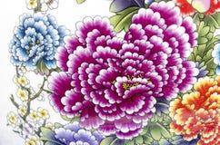 Alte chinesische Blumenmuster-Artmalerei auf der keramischen Schüssel u Lizenzfreies Stockfoto